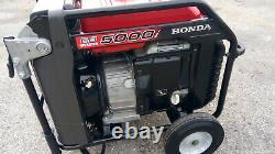 Honda EB5000i 5000 Watt Portable Quiet Inverter Gas Power Generator Low Hr