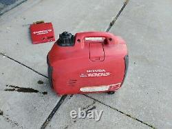 Honda EU1000i 1000 Watt 120V Portable Generator
