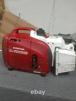 Honda EU1000i Inverter Generator withTele-Lite 500 Watt Light