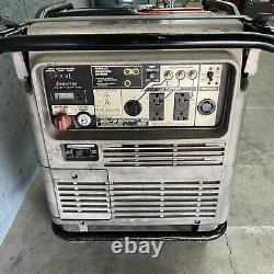 Honda EU7000is FI Electric Start Portable Inverter Quiet Generator 5500 Watt Gas